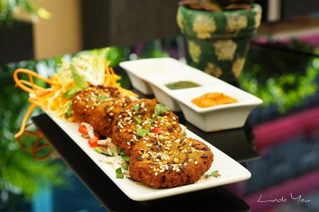 Carat Fine Indian and Mediterranean Cuisine food falafel