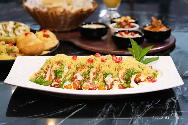 Carat Fine Indian and Mediterranean Cuisine food samosa chaat