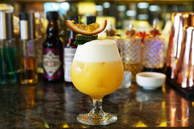 Carat Fine Indian and Mediterranean Cuisine cocktail